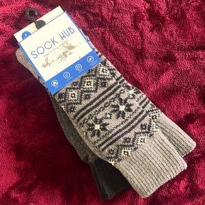 NWT Men's Comfy Fuzzy Socks   2 Pair Bundle   Size 6-12